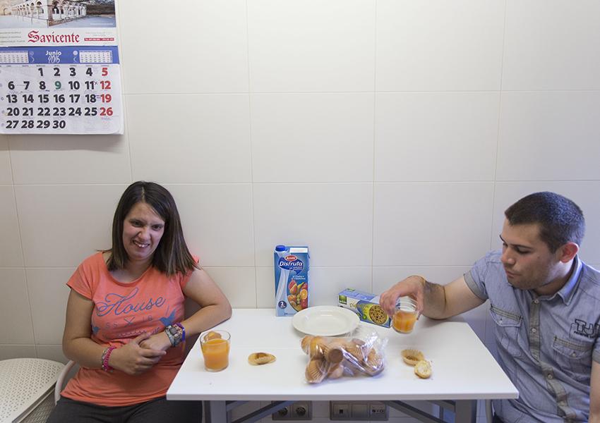 Valentia servicios vivienda cocina