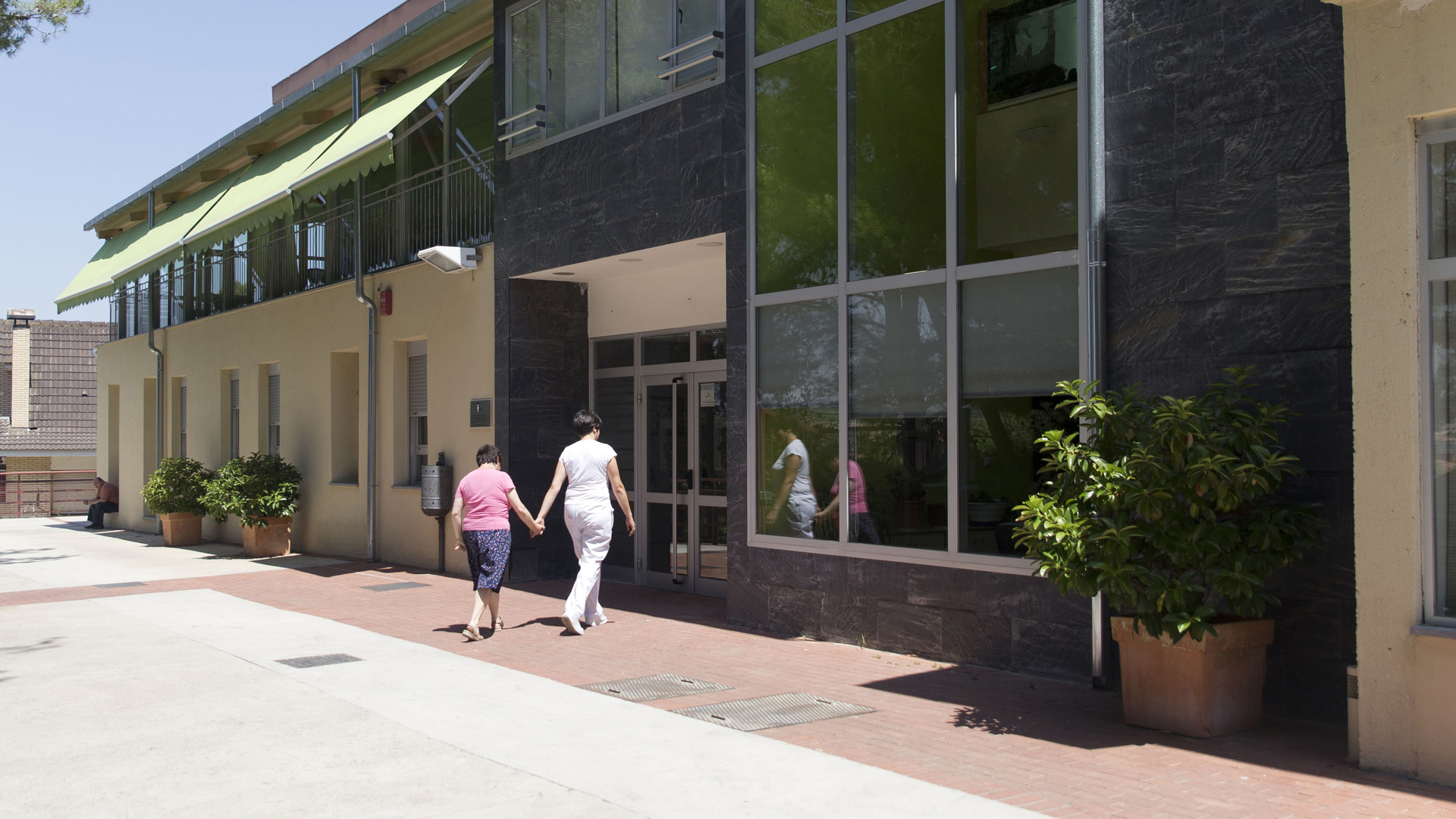 Barbastro Centro Joaquín Costa Valentia exterior