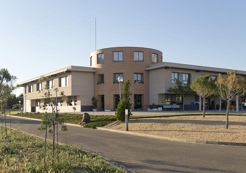 Centro Manuel Artero Valentia exterior