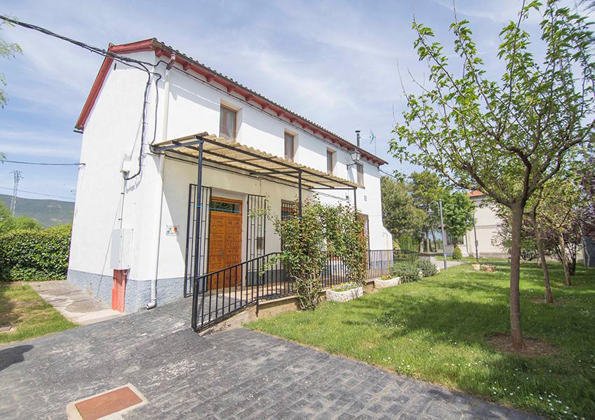 Valentia Jaca Martillué Residencia Ignacio Claver exterior