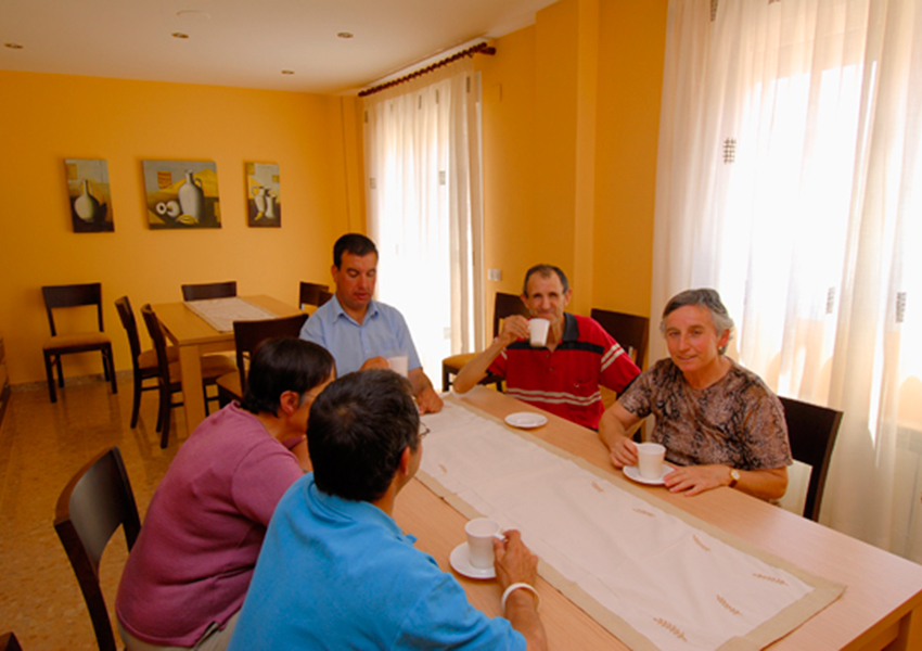 Monzón Viviendas Tuteladas Las Casitas salón